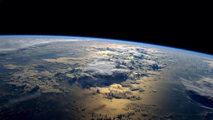 Πλησιάζει η ώρα της αντιστροφής των πόλων της Γης - dailythess ...
