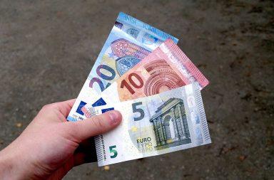 Αποτέλεσμα εικόνας για Γιατί τα χαρτονομίσματα του ευρώ έχουν γέφυρες